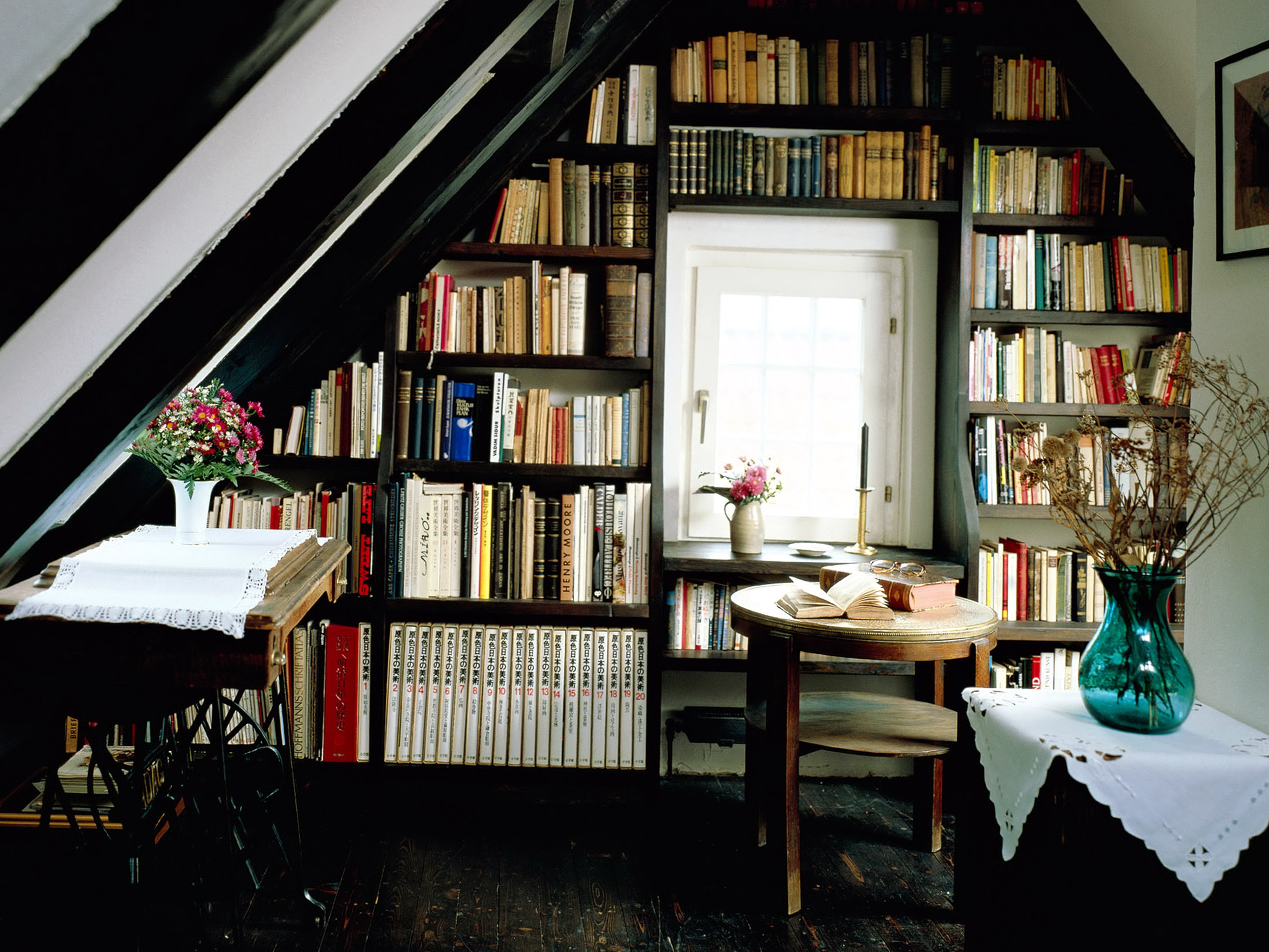 Built In Bookshelf Decorating Ideas   Home Design Ideas