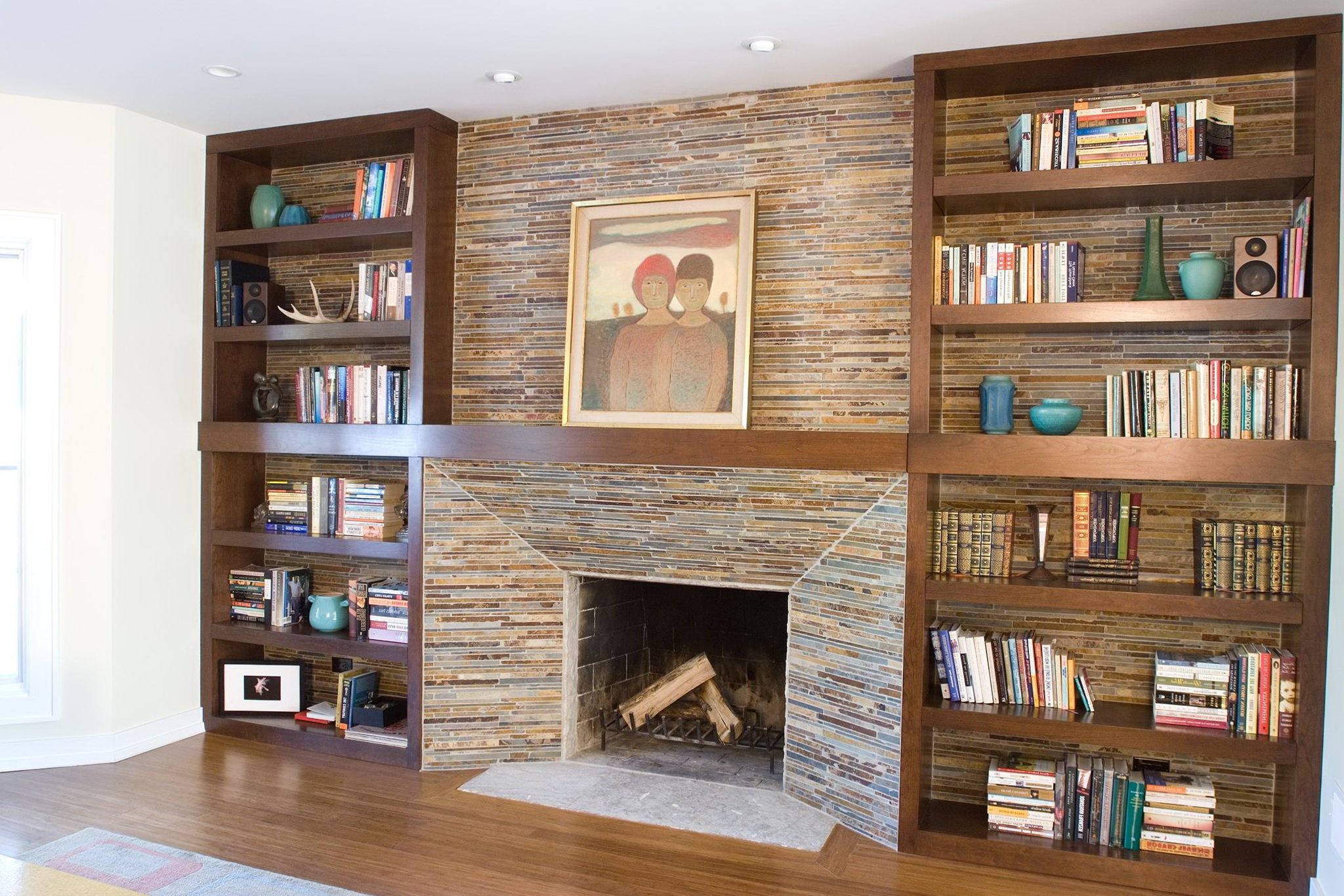 Built in bookshelves around fireplace home design ideas for Living room built ins ideas
