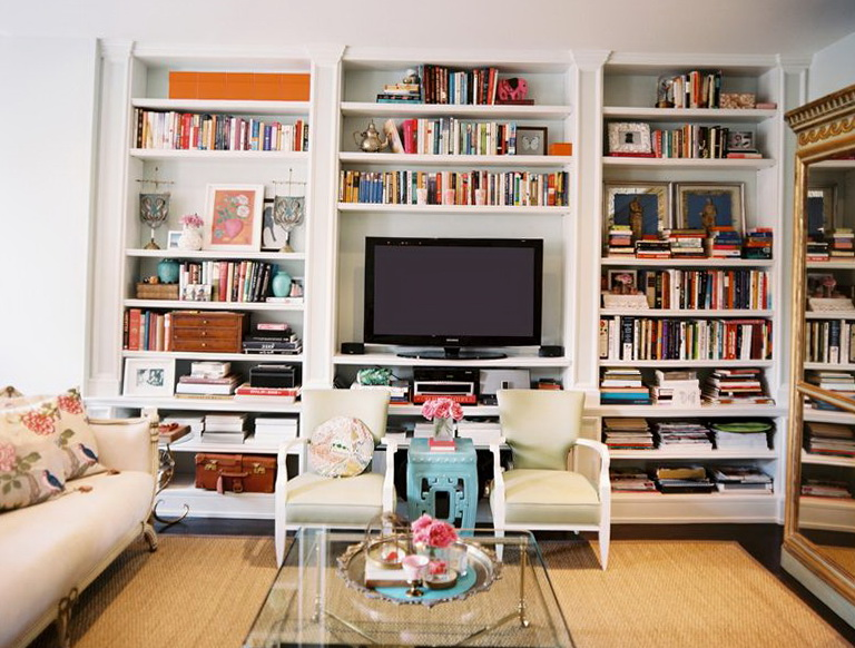 Built In Bookshelves With Tv