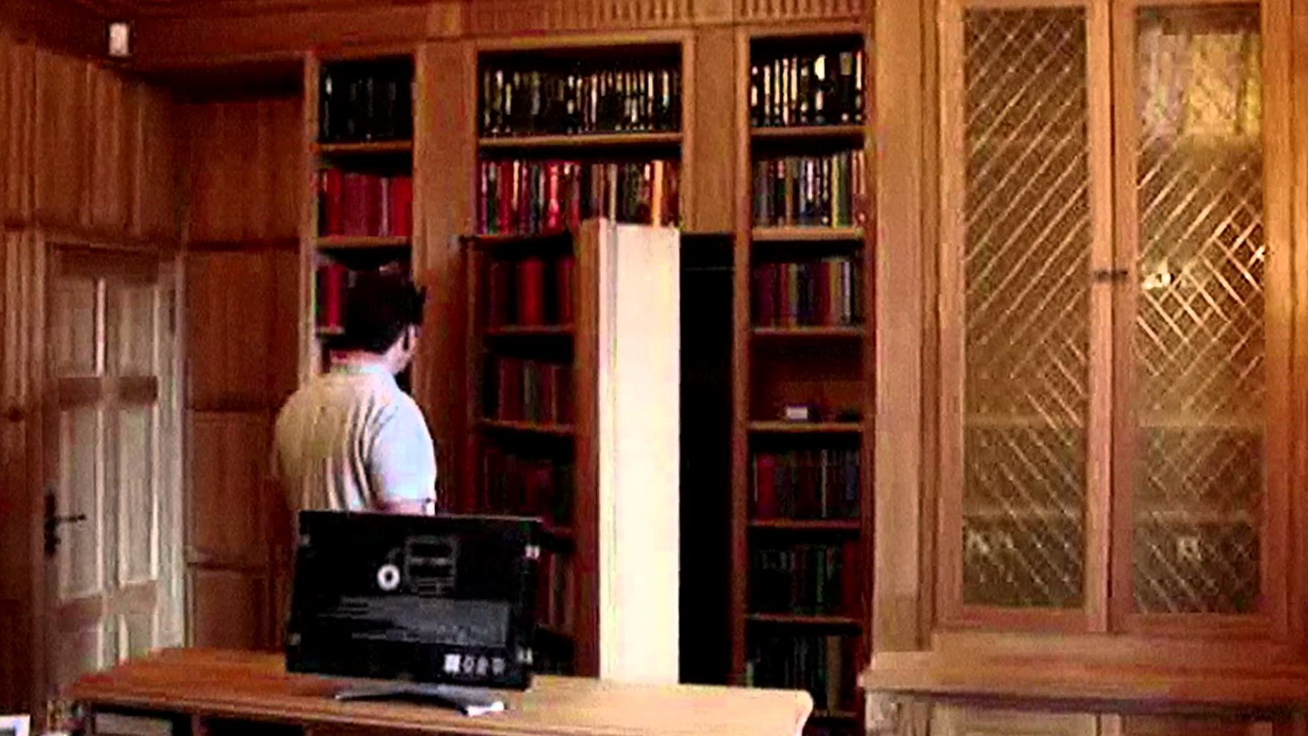 symbianology downloadable pdf diy hidden hardware bookcases s secret door plans info outswing bookcase kit free