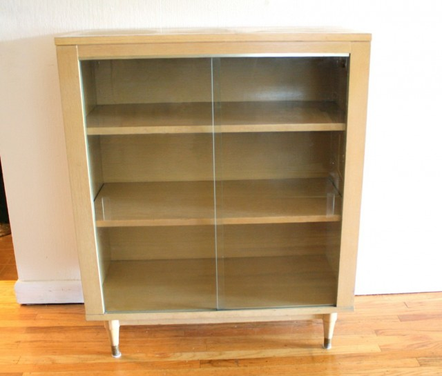Modern Bookshelves With Doors