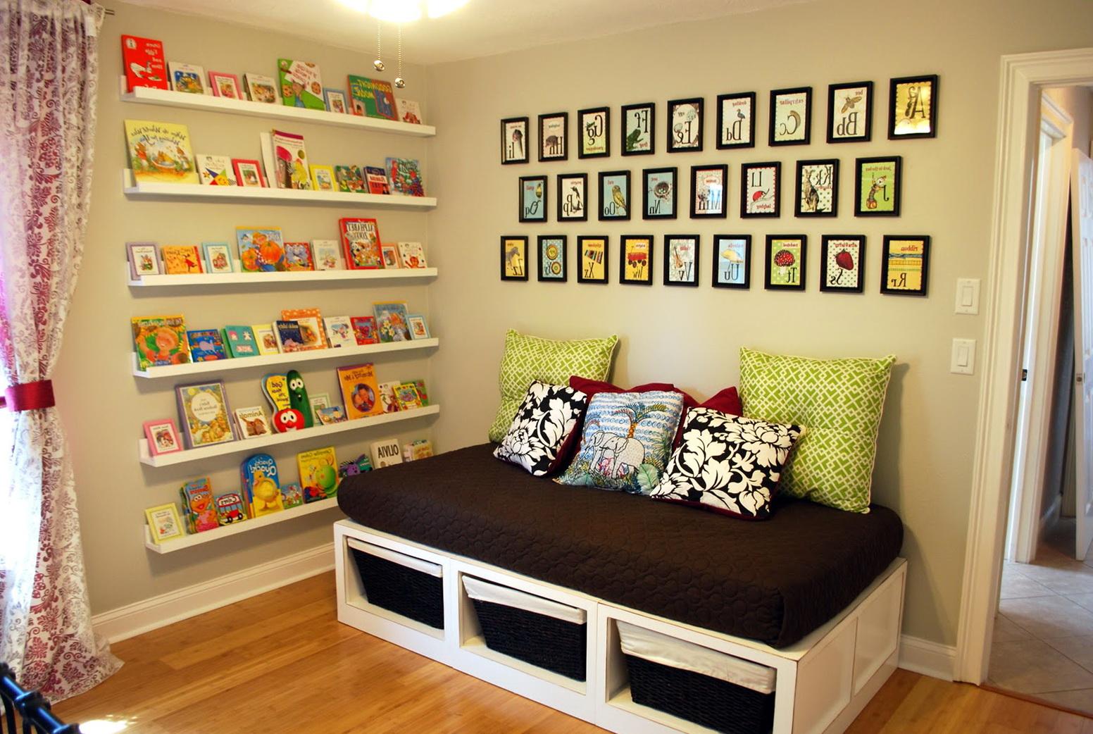 Nursery Wall Mounted Bookshelf