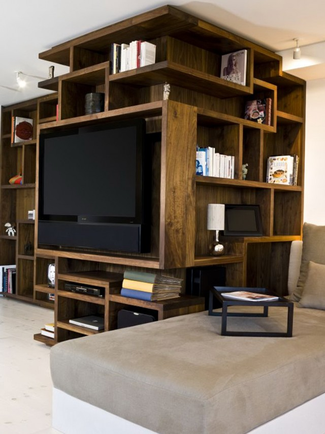 Small Bookshelf Decorating Ideas