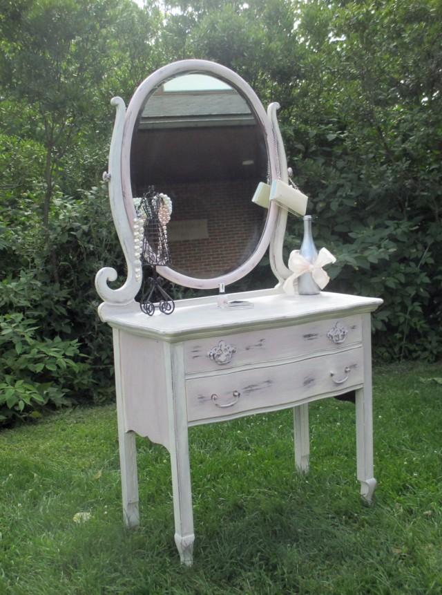 1940's Vanity Dresser With Mirror