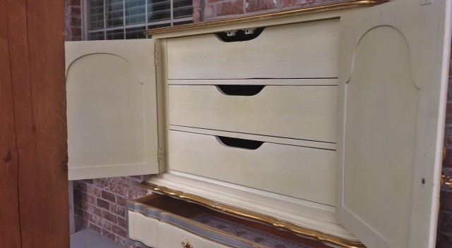 Antique White Dresser Canada