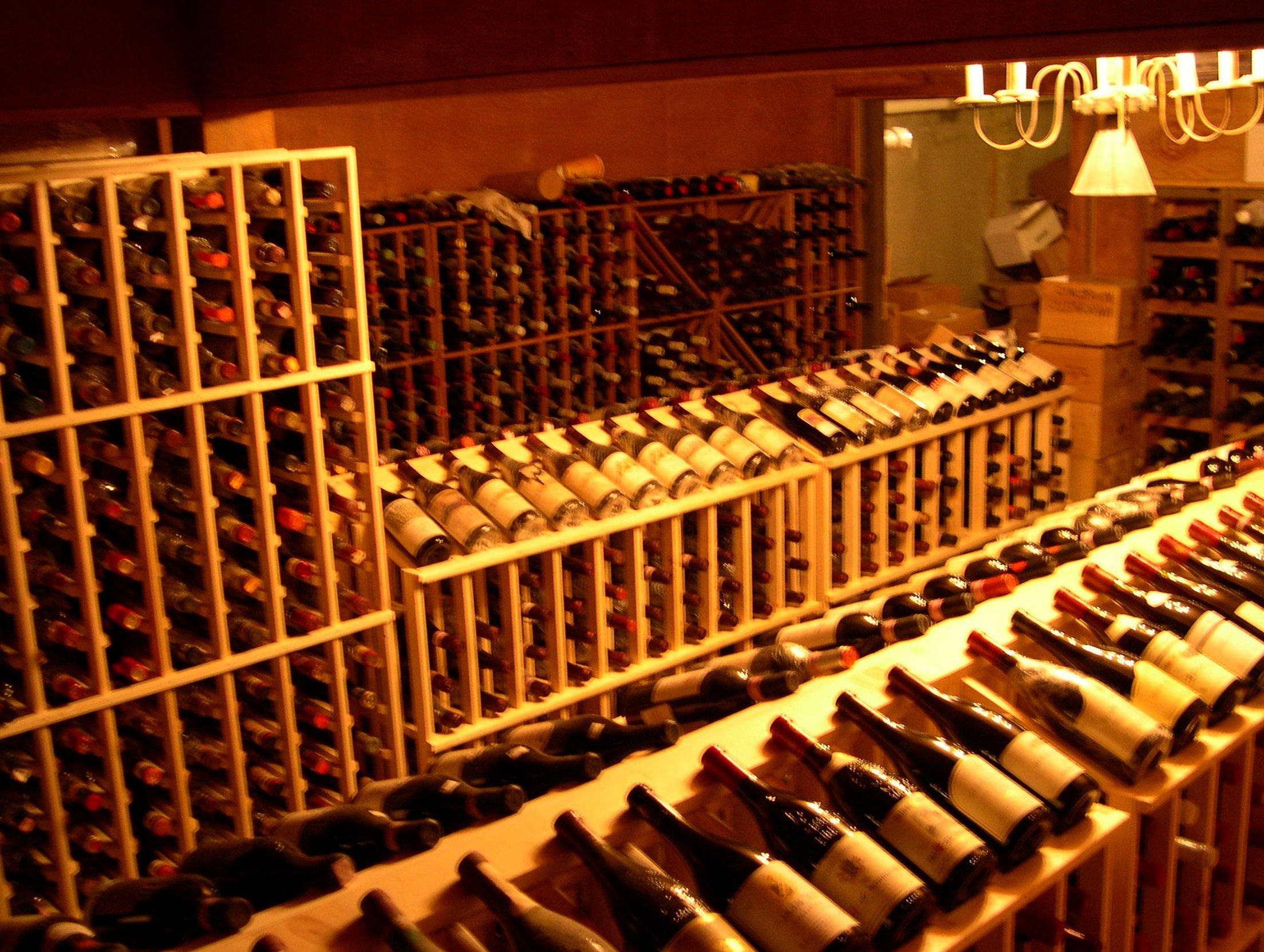 Building wine racks for cellar home design ideas for Building wine cellar