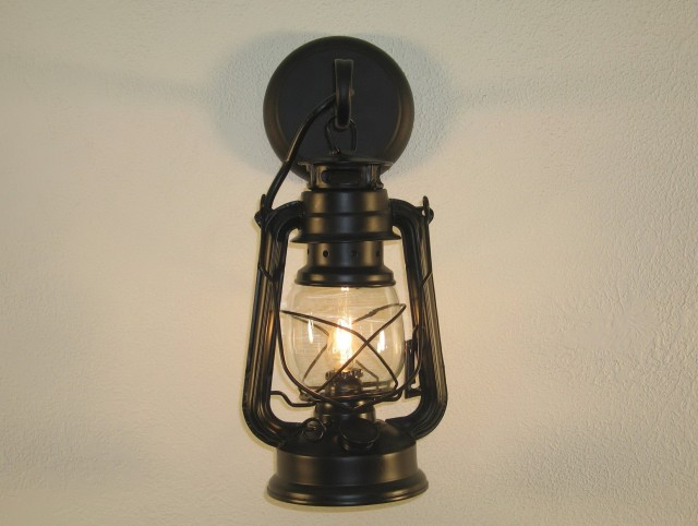 Lantern Wall Sconce Indoor
