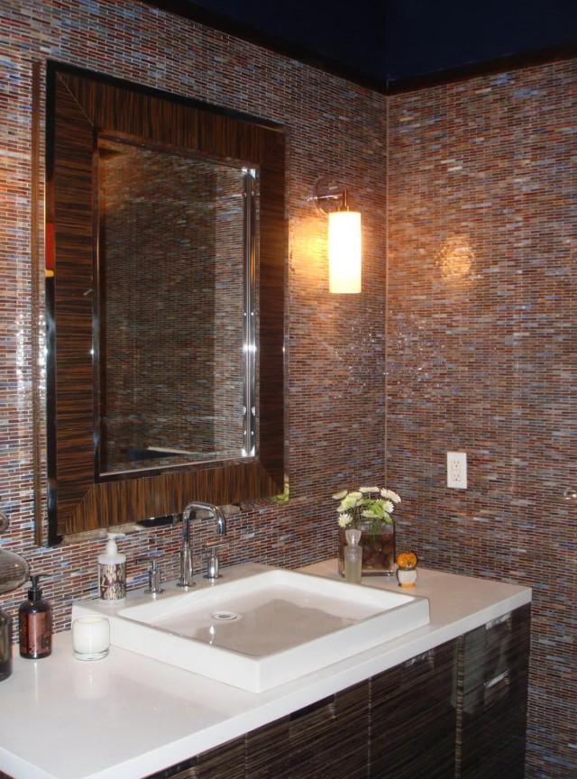 Bathroom fan sones