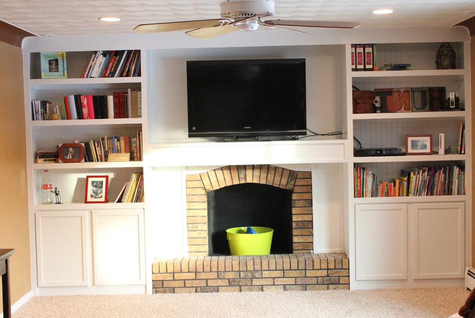Fireplace With Bookshelves On Each Side Ideas | Home Design Ideas