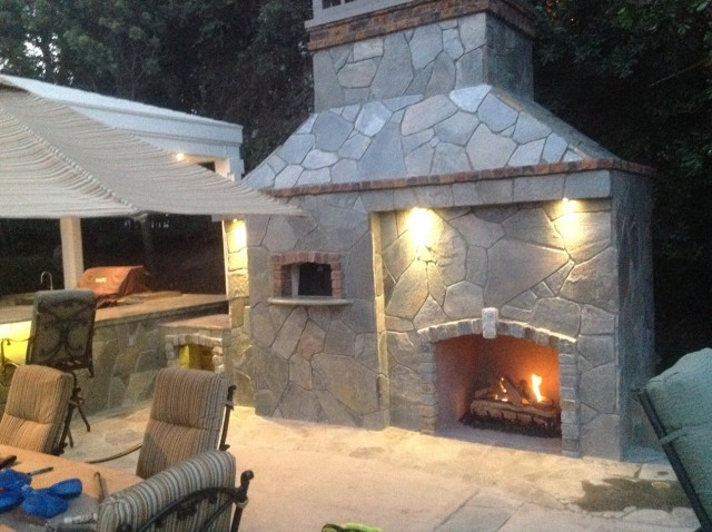 Outdoor Fireplace With Pizza Oven Kit