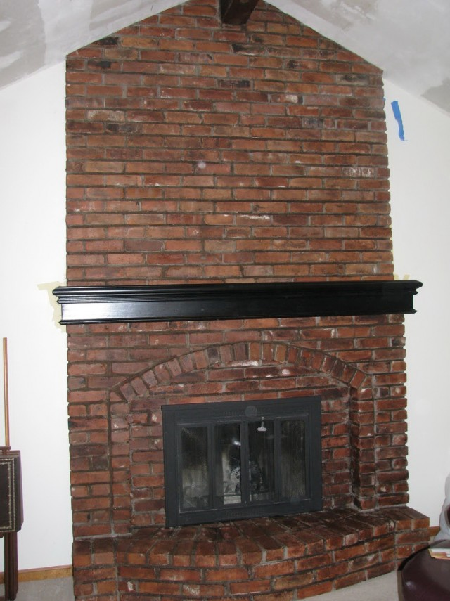 Paint Colors That Go With Brick Fireplace