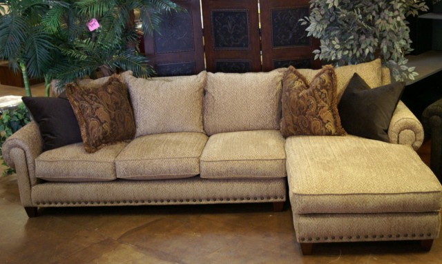 2 Pc Sectional Sofa Chaise