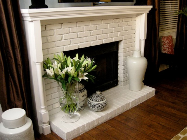 Build A Fireplace Mantel With Crown Molding