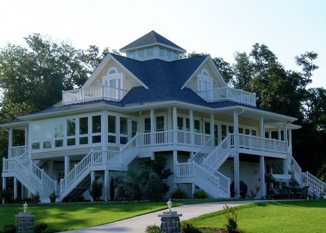 Country Style Wrap Around Porch House Plans