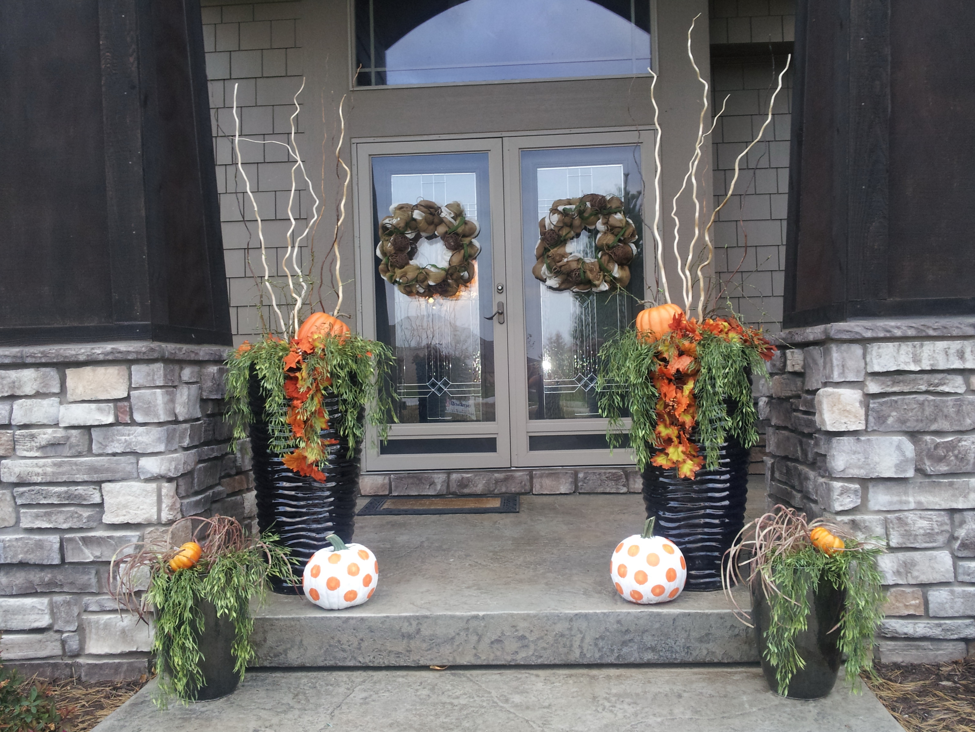 Front porch decorating ideas fall home design ideas Small front porch decorating ideas for fall