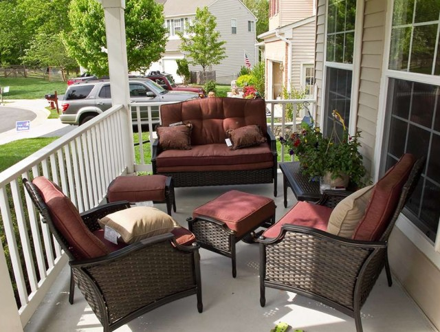 Front Porch Furniture Designs