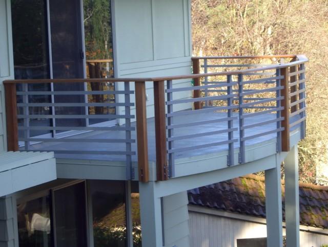 Horizontal Porch Railing Ideas