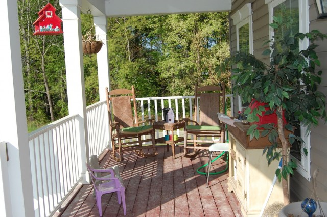 Porch Decorating Ideas For Winter