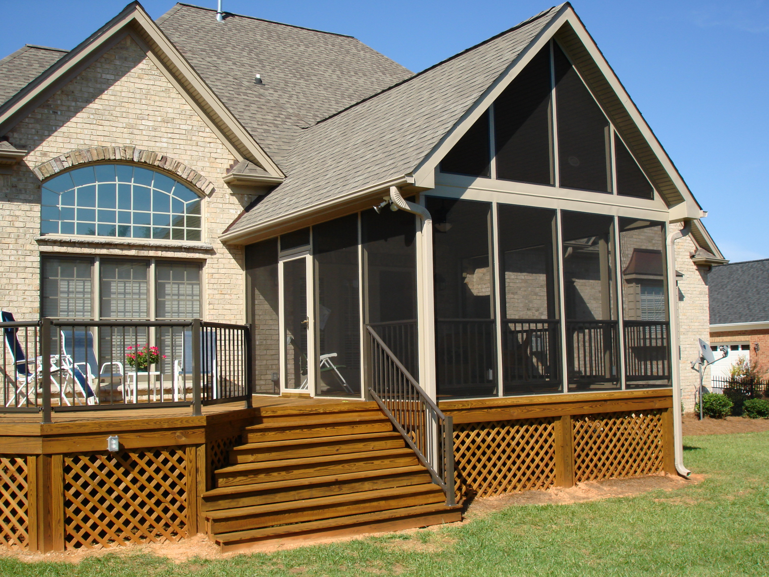 Screened in porch ideas for mobile homes home design ideas for Adding a garage to a modular home
