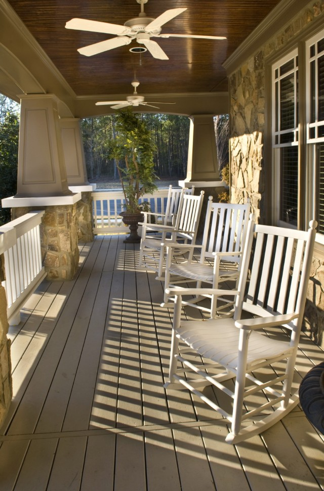 Small Front Porch Furniture Ideas