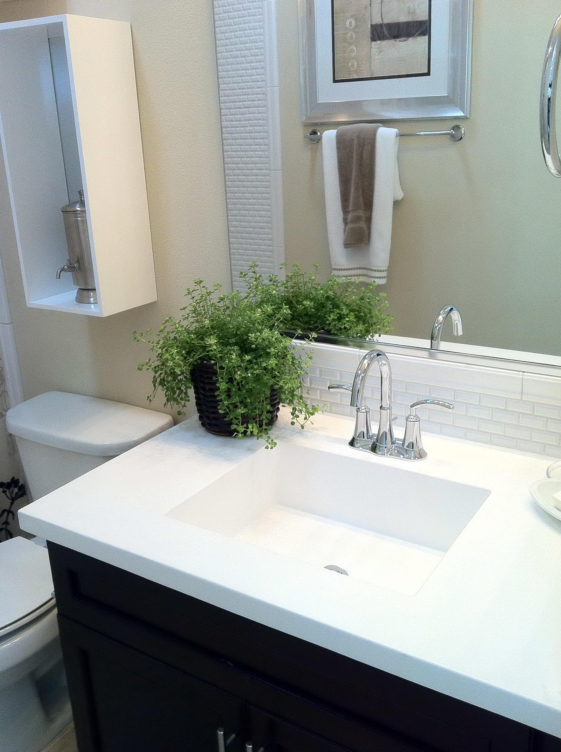 Bathroom Vanity Tops With Square Sink