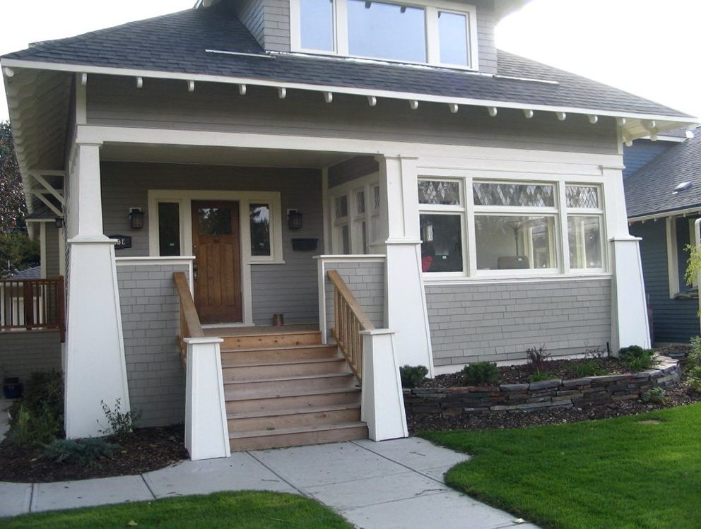 Craftsman front porch steps home design ideas for Craftsman porch