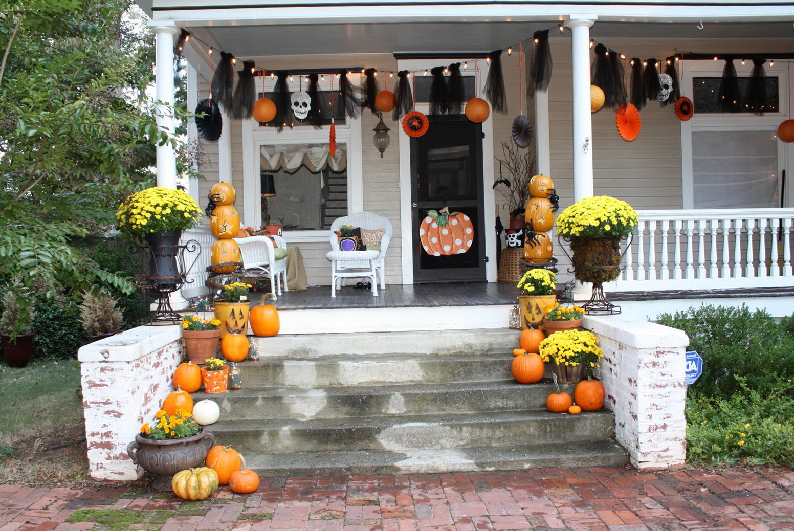 Decorating Front Porch For Halloween Home Design Ideas