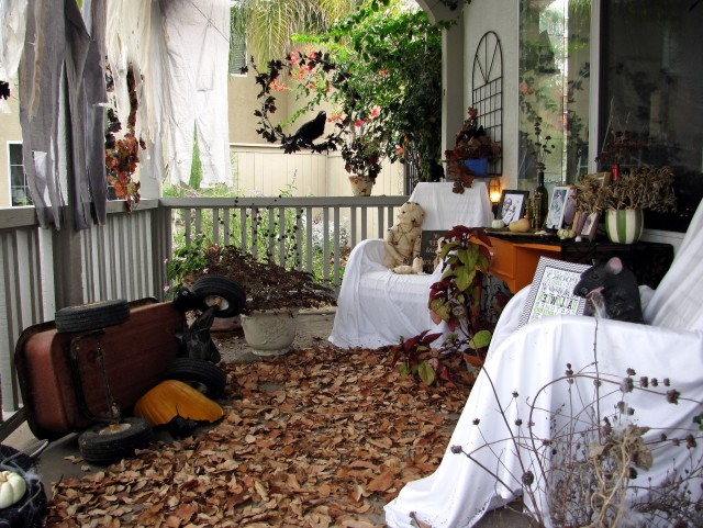 Halloween Haunted Porch Ideas