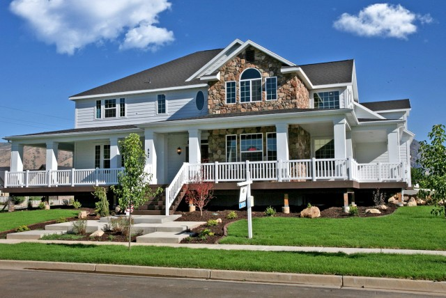 Houses With Porches That Wrap Around