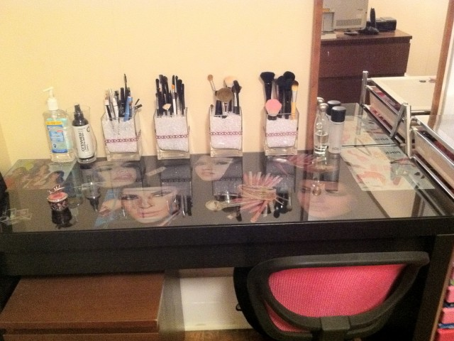 Ikea Makeup Vanity Table