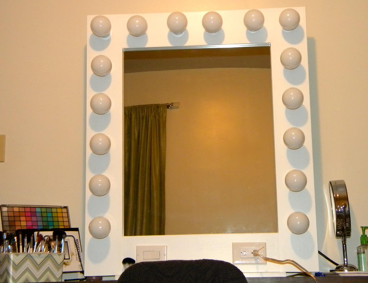 lighted vanity mirror hollywood home design ideas