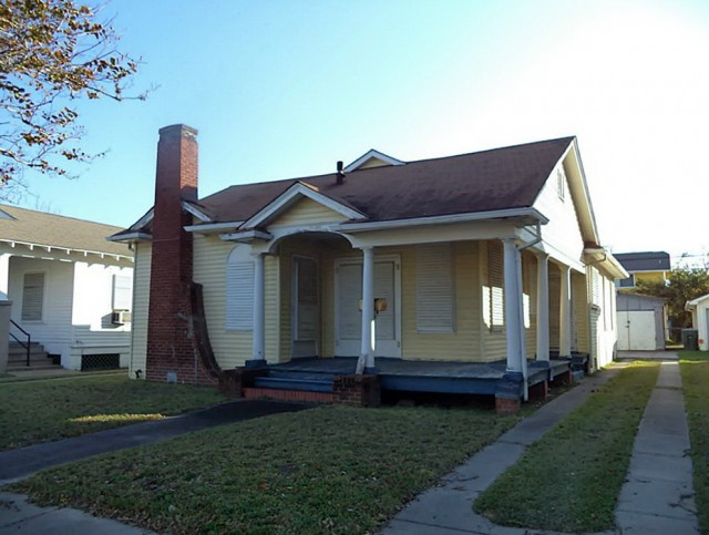 Single Story Homes With Wrap Around Porches