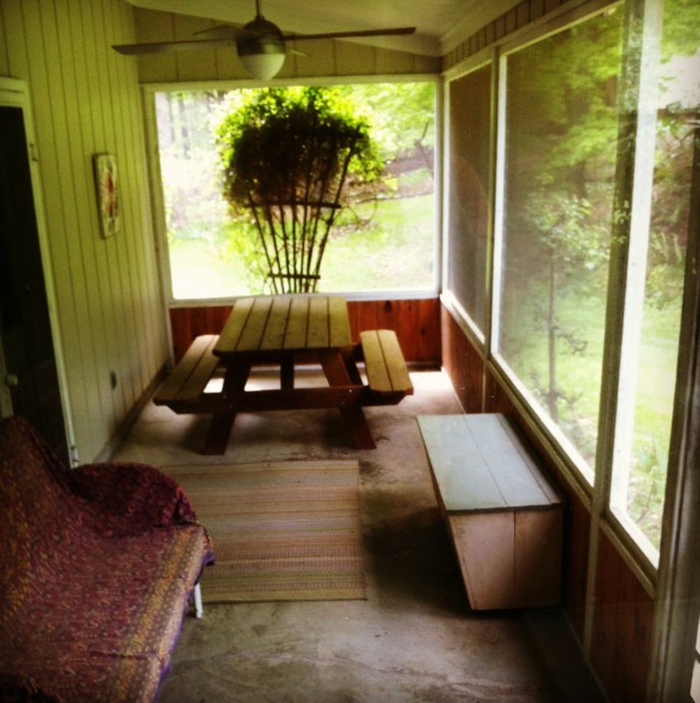 Enclosed back porch ideas gallery of joyous porch for Enclosed porch furniture ideas