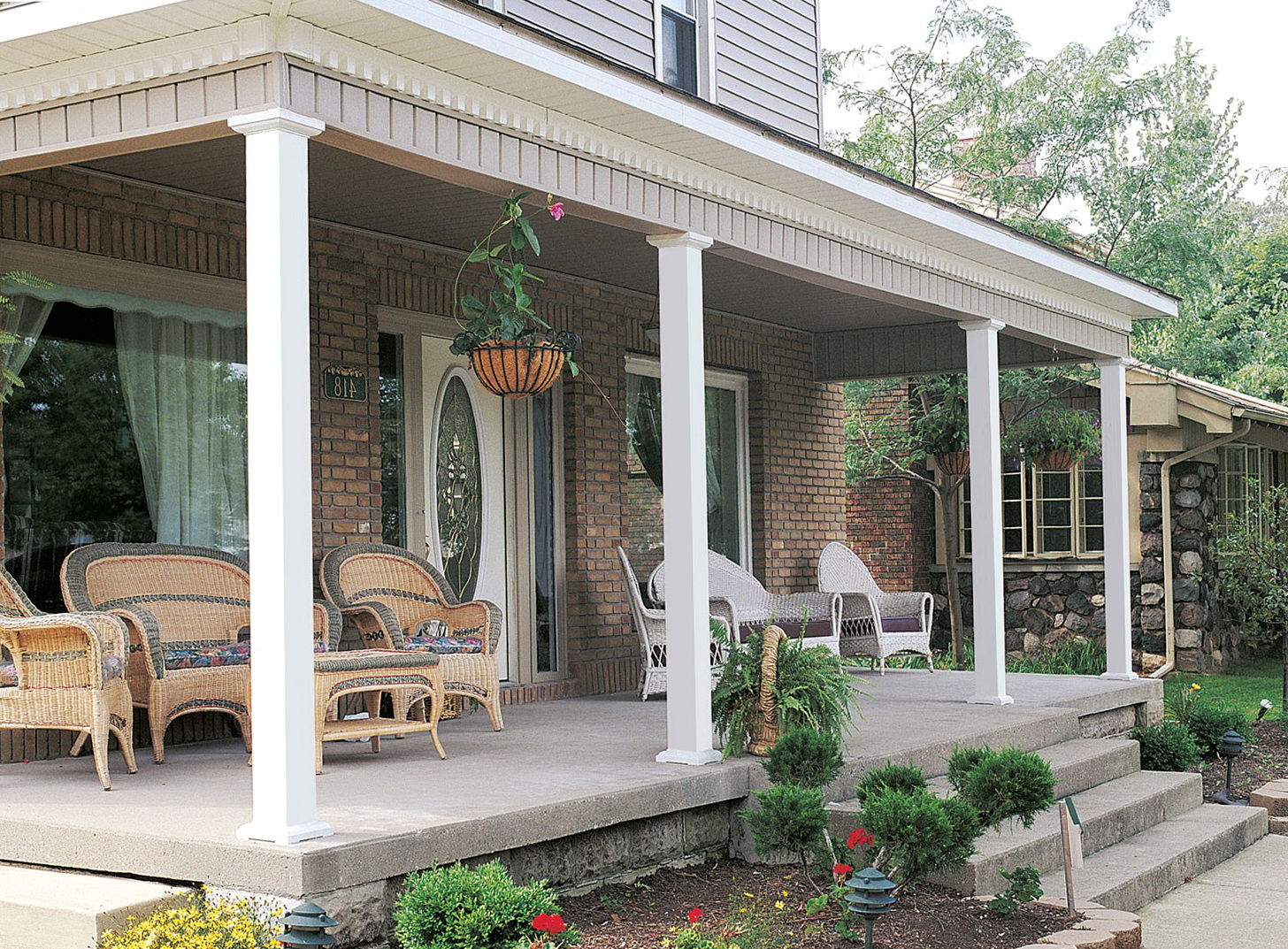 Square porch posts and columns home design ideas for House plans with columns and porches