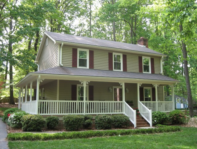 2 story farmhouse plans with wrap around porch home for Farmhouse plan with wrap around porch