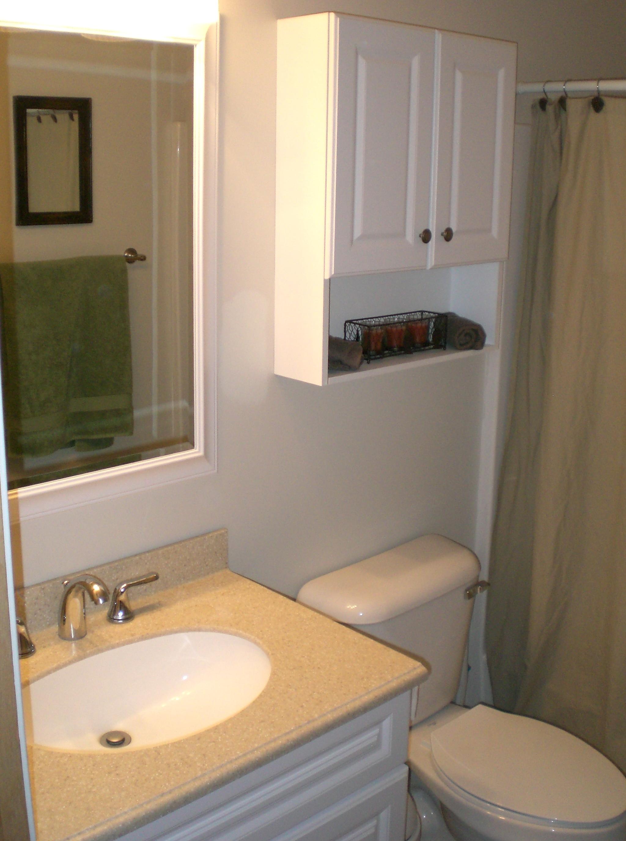 Clearance bathroom vanities vanity clearance 100 for Bathroom decor naples fl
