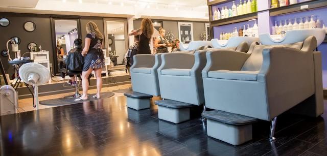 Elegant Vanity Hair Salon Hours
