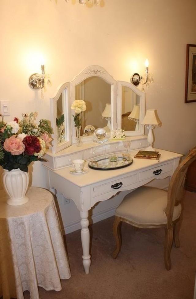 Vanity Set With Lights For Bedroom