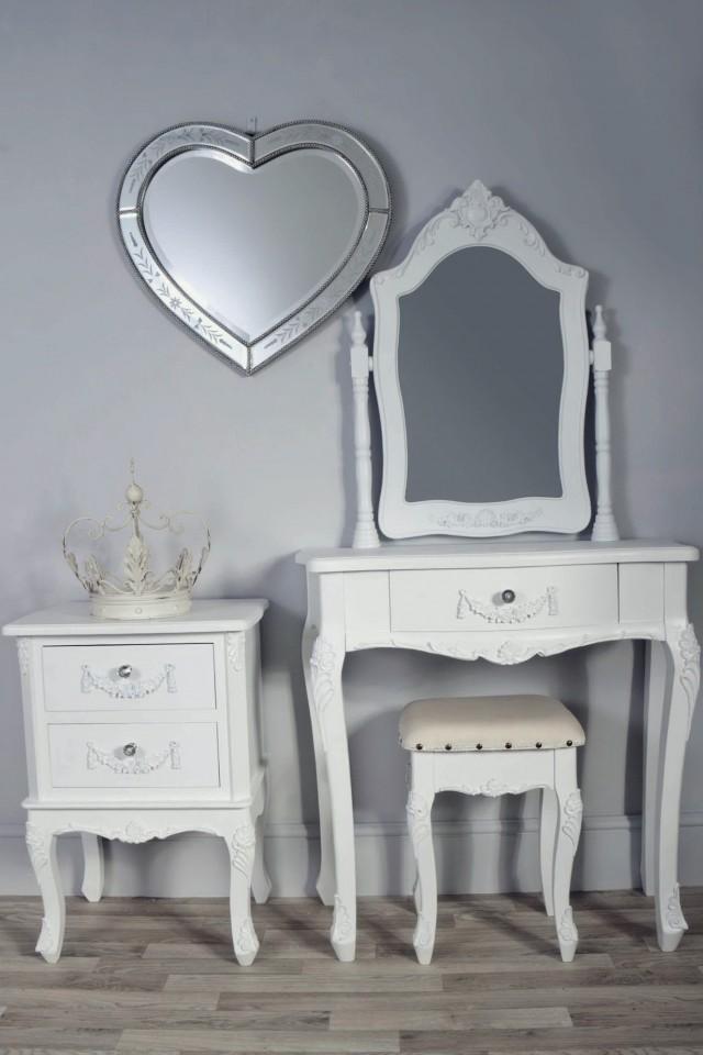 Vintage Vanity Table For Sale