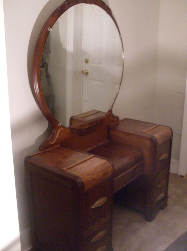 1940s Vanity Dresser With Mirror Home Design Ideas