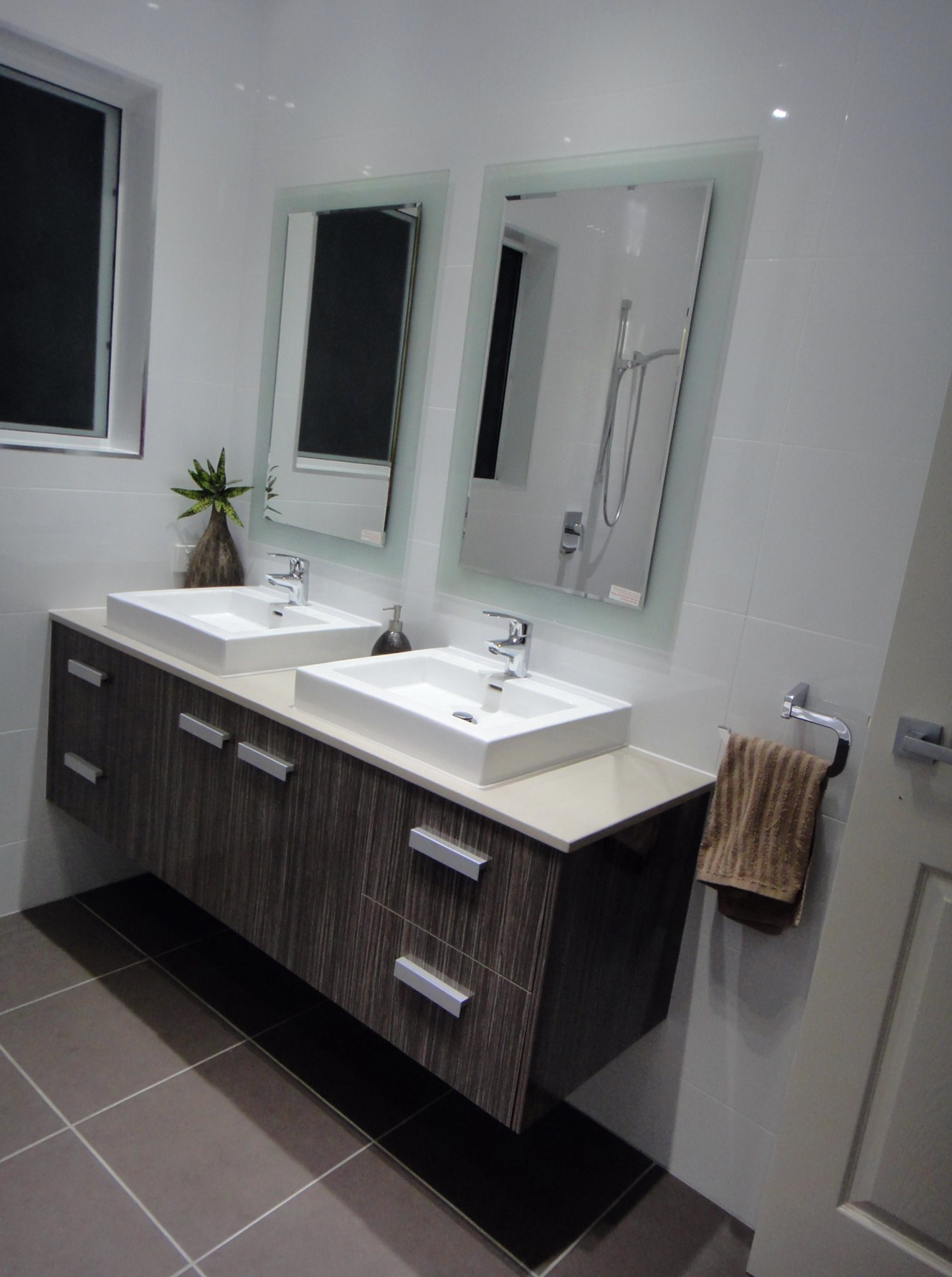 Bathroom Vanity Height For Wheelchair Access