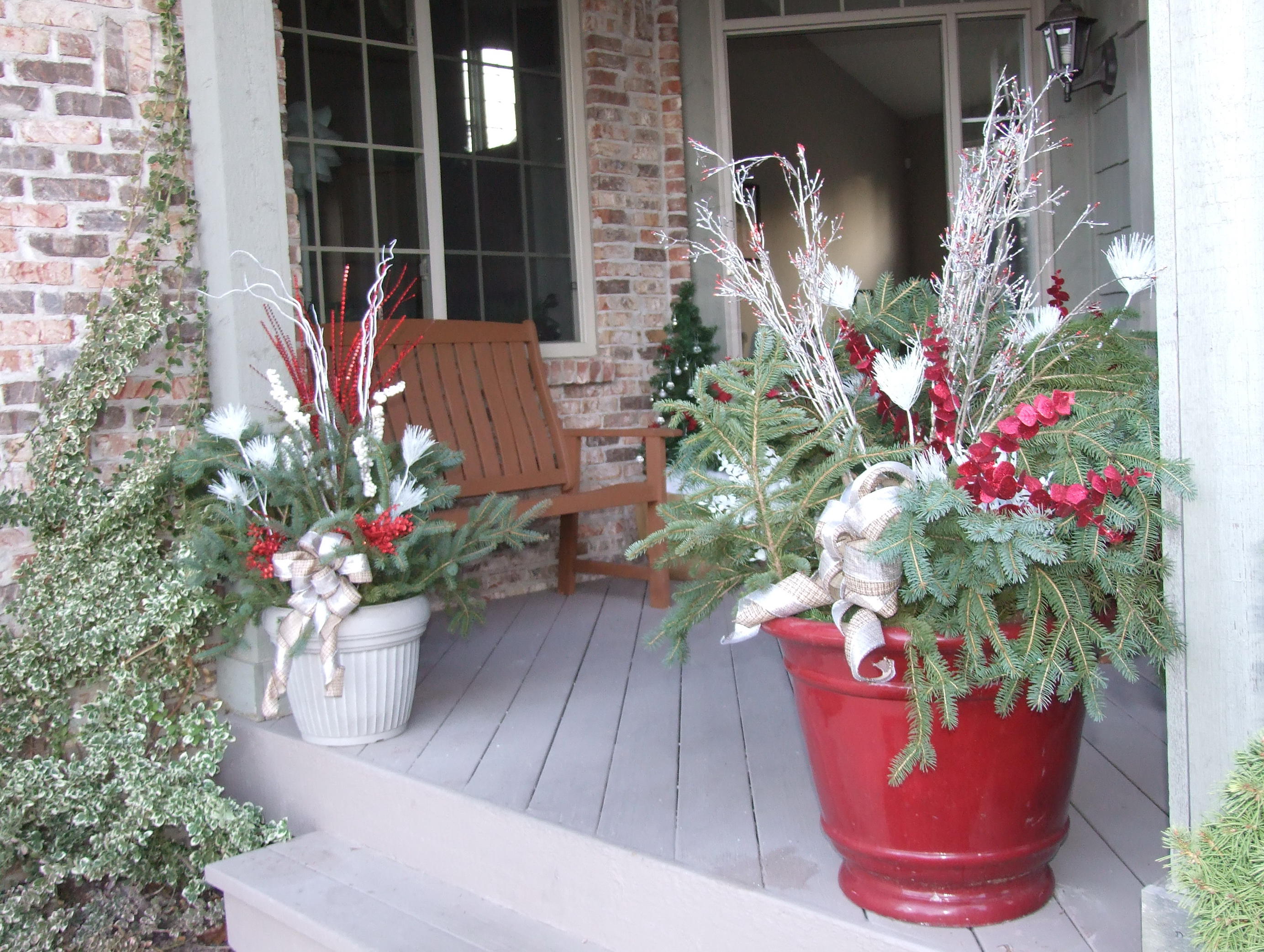 Christmas porch decorating ideas pinterest home design ideas for Pinterest home decor xmas