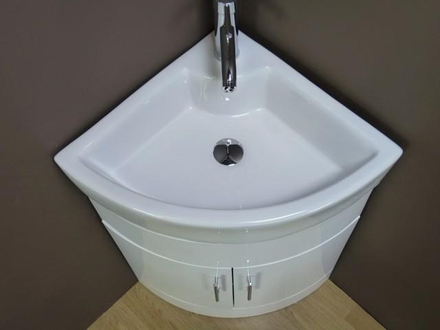 Corner Bath Vanity And Sink