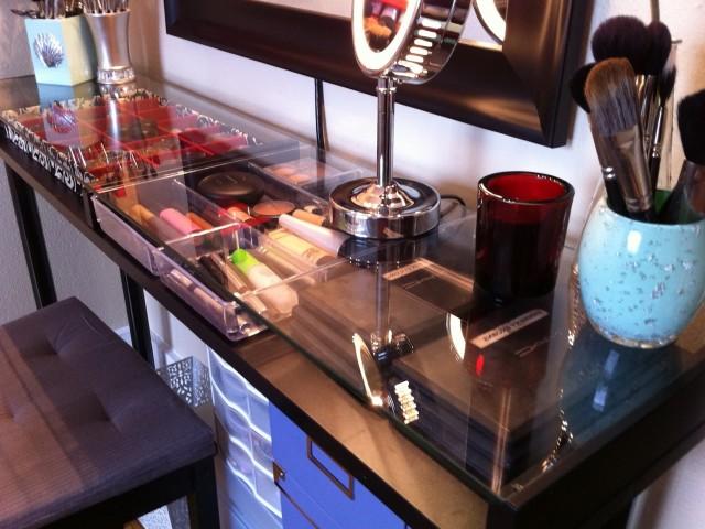Diy Vanity Makeup Table