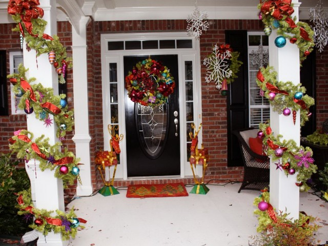 Decorating Front Porch Columns For Christmas Home Design Ideas