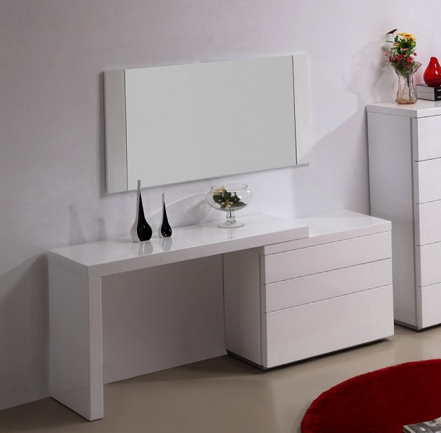 Modern White Bedroom Vanity
