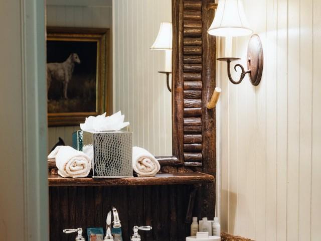 Rustic Vanity Lights Cabin