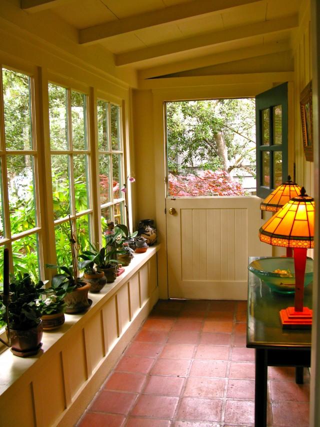 Small enclosed back porch ideas home design ideas for Enclosed back porch ideas