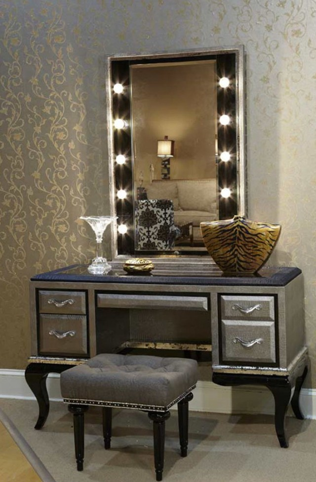 Lighted vanity table with mirror and bench home design ideas for Vanity table with lighted mirror and bench