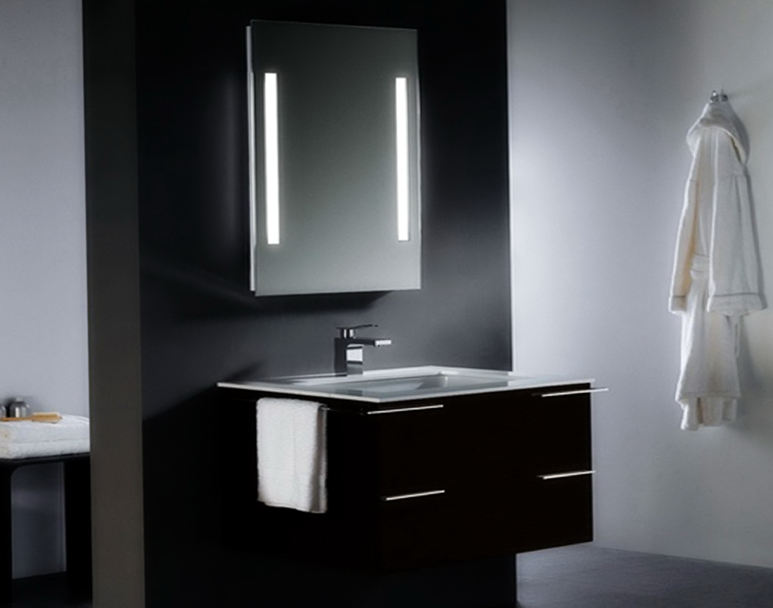 Black Vanity With Lighted Mirror